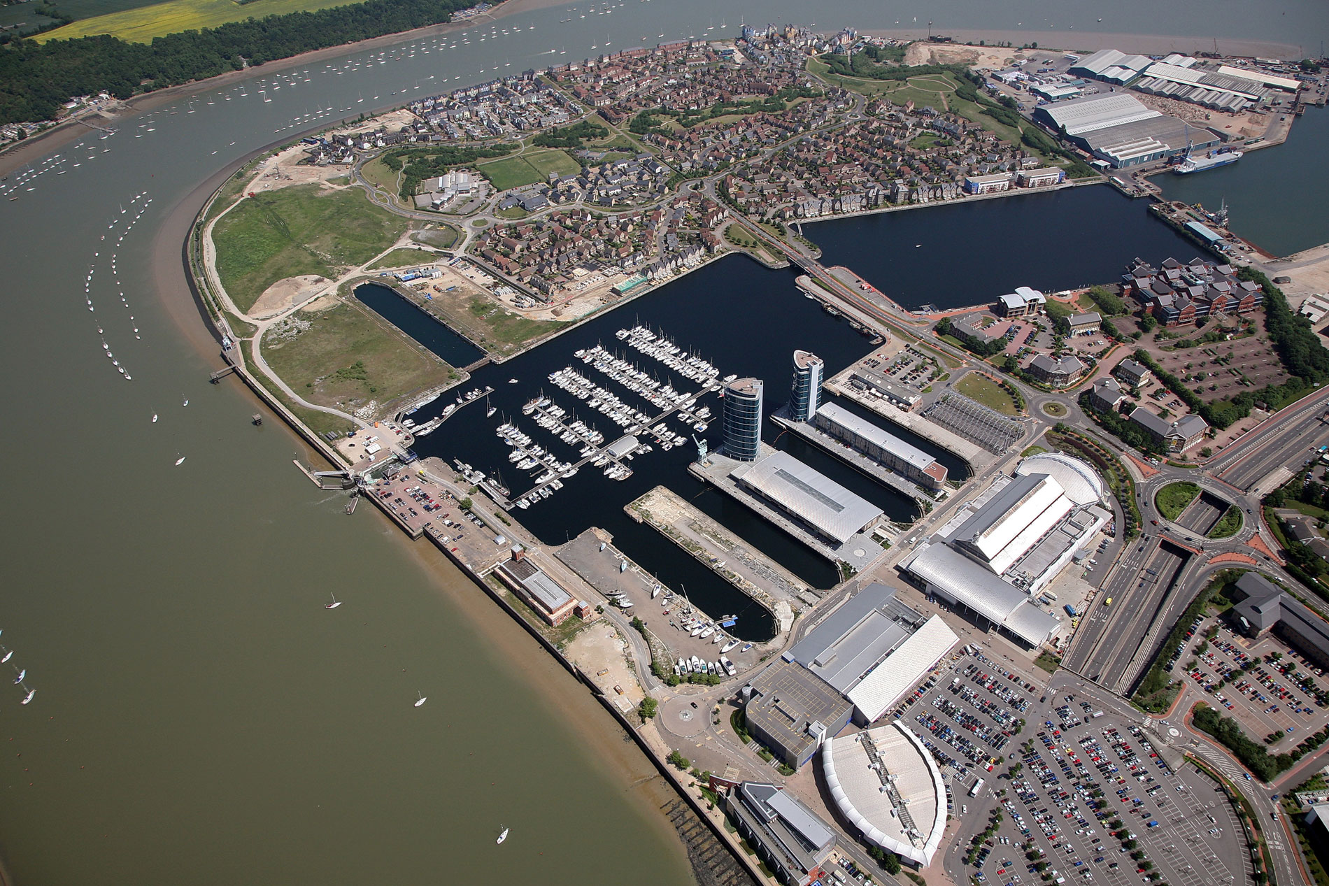 Chatham Maritime - Dockside and St Mary's Island